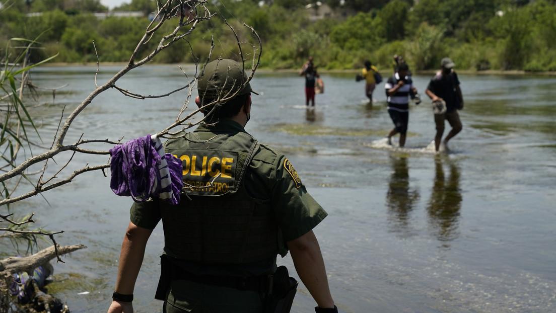 Más de 700 detenidos en tres días: la Patrulla Fronteriza de EE.UU. intercepta al mayor grupo de inmigrantes este año