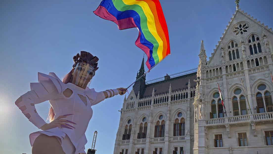 Hungría planea celebrar un referéndum sobre su ley de protección infantil, condenada por la UE por discriminatoria