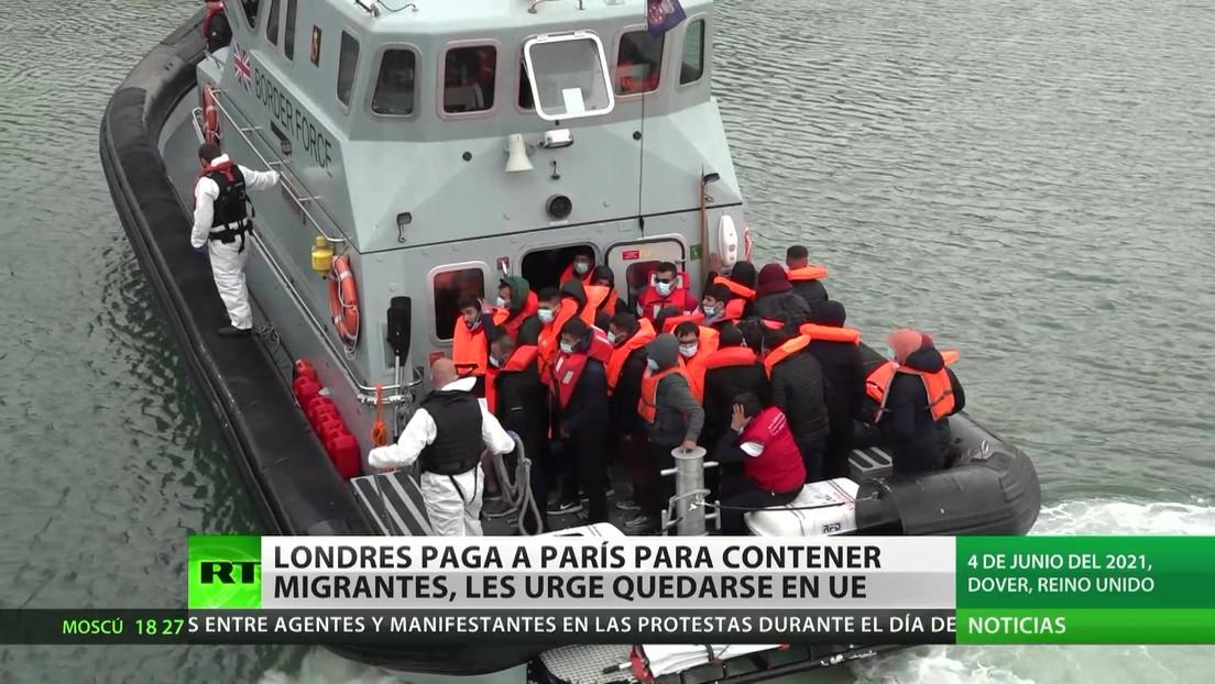 Reino Unido paga a Francia para contener a migrantes y les pide que se queden en la UE