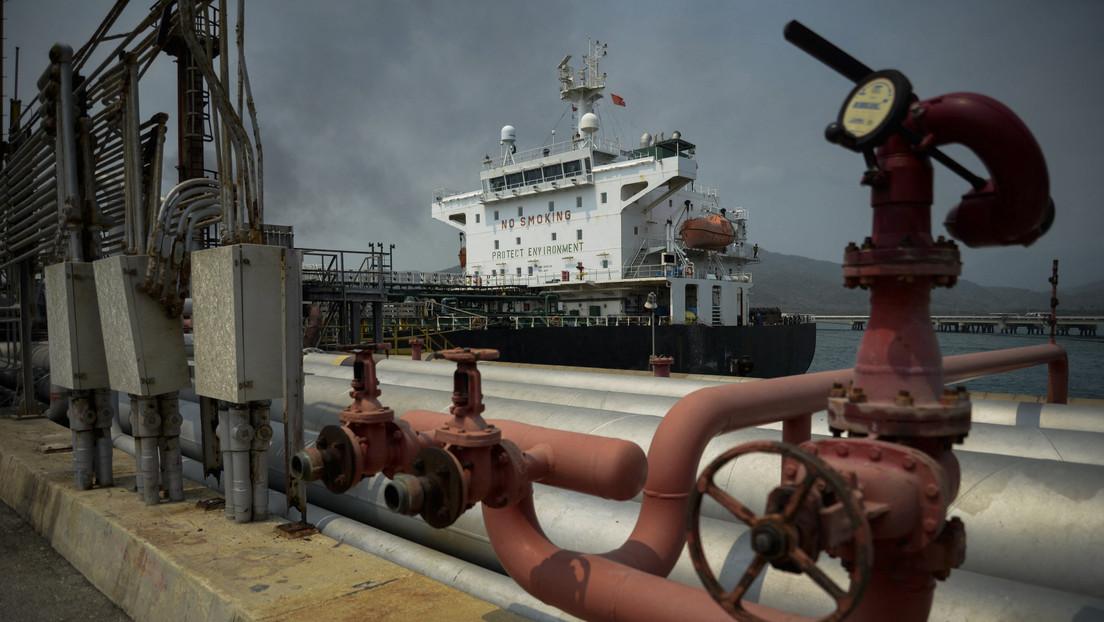 Irán abre una nueva terminal de exportación de petróleo que evita el estrecho de Ormuz