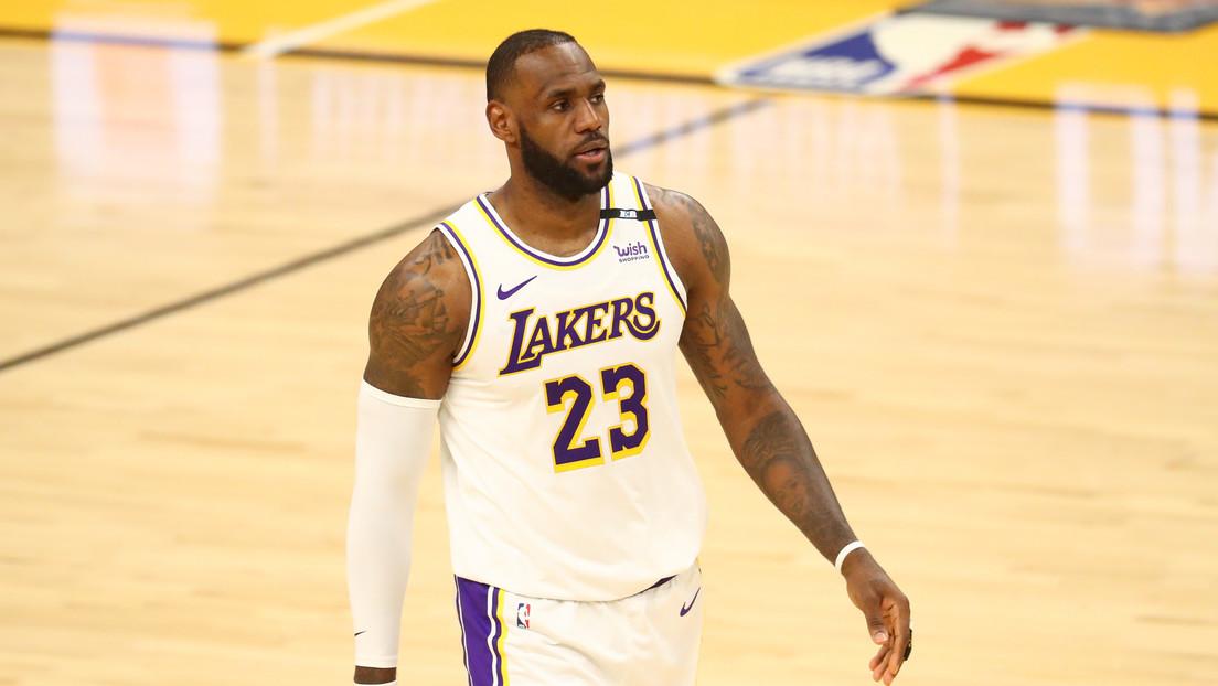 LeBron James se convierte en el primer jugador de baloncesto en activo cuya fortuna sobrepasa los mil millones de dólares