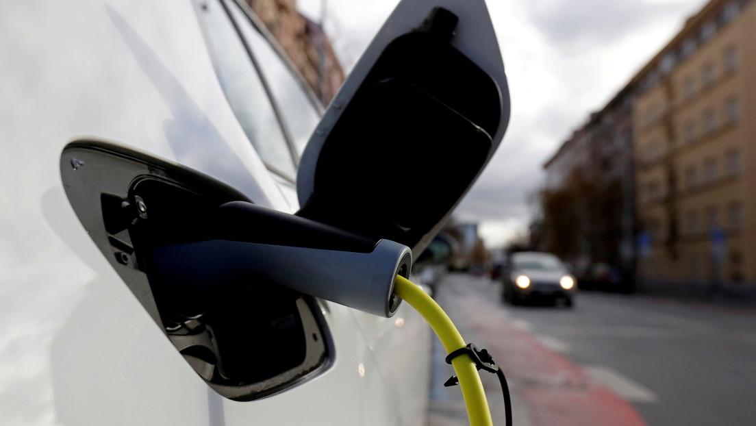 Ventas de coches eléctricos se disparan en Europa a medida que la región se prepara para abandonar la gasolina y el diésel
