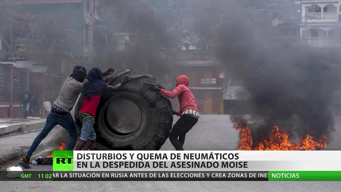 Haití: Disturbios y quema de neumáticos en la despedida del presidente asesinado