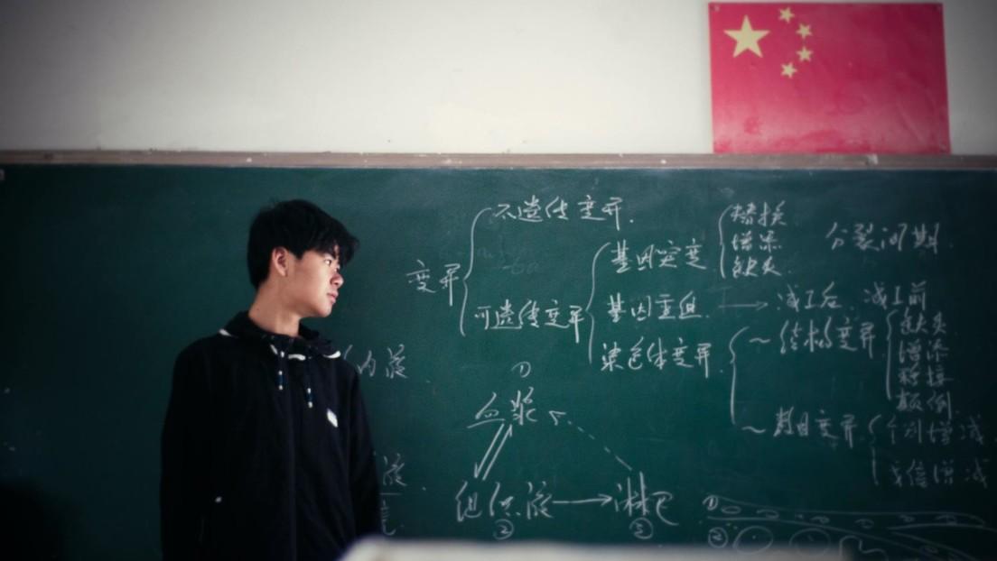 Las acciones de las principales empresas de educación chinas se desploman ante su posible conversión en entidades no lucrativas