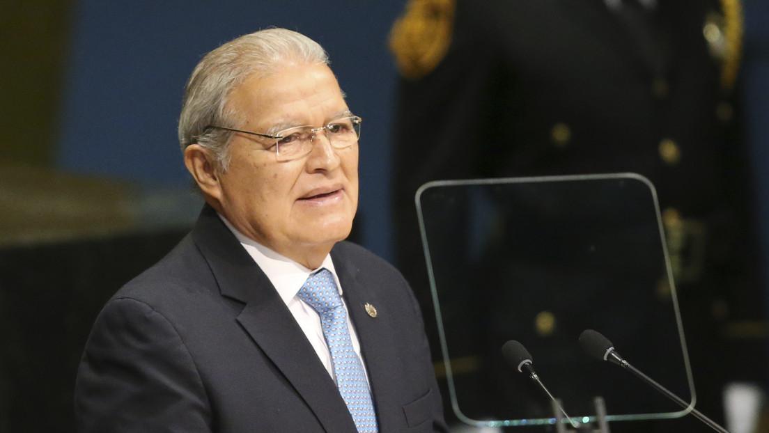 La Fiscalía de El Salvador arresta a cinco exaltos cargos y ordena la detención del exvicepresidente Sánchez Cerén