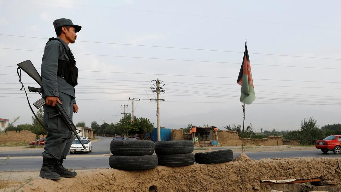 Afganistán impone un toque de queda nocturno para contener a los talibanes