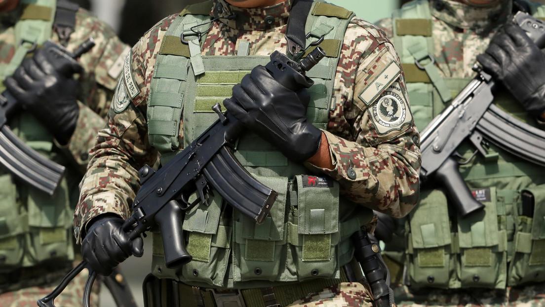 Renuncia el jefe del Comando Conjunto de las Fuerzas Armadas de Perú, días antes de la juramentación de Castillo