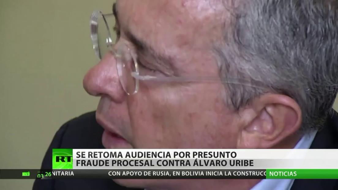 Se retoma la audiencia por presunto fraude procesal contra el expresidente colombiano Álvaro Uribe