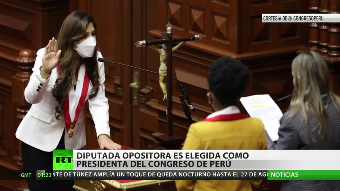 Diputada opositora es elegida como presidenta del Congreso de Perú