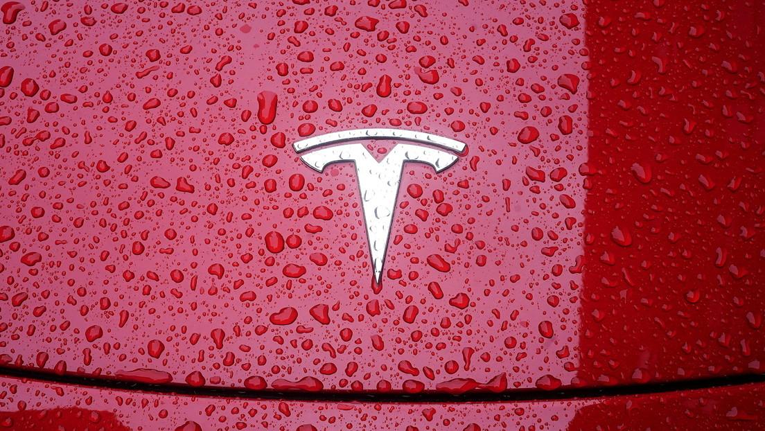 """Un alto gerente de Huawei tilda de """"asesinato"""" las muertes causadas por el piloto automático de Tesla y es destituido por """"comentarios inapropiados"""""""