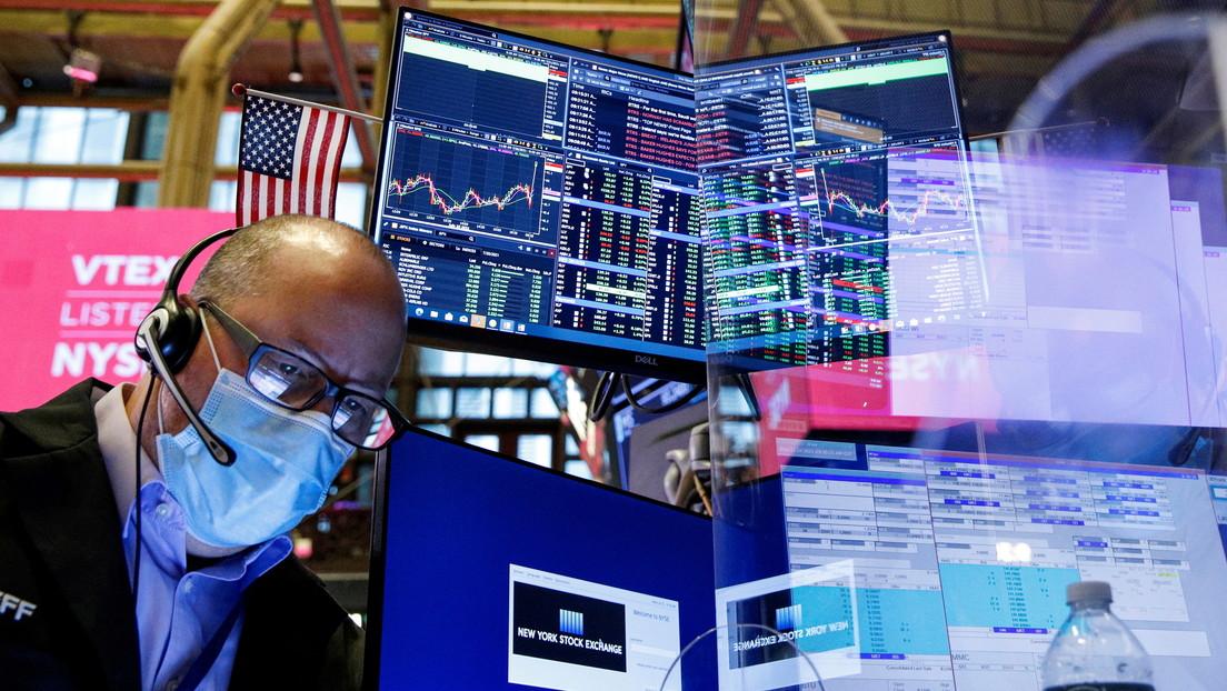 Wall Street registra una caída en medio de la incertidumbre por el crecimiento económico y la reunión de la Reserva Federal