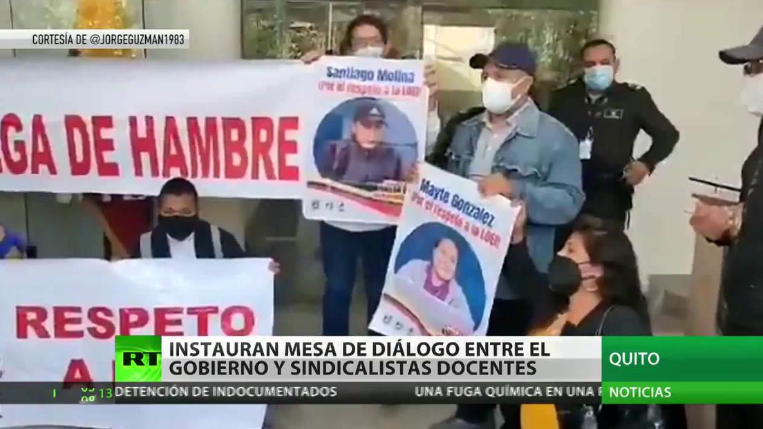 El Gobierno de Ecuador comienza un diálogo con el sindicato de profesores en medio de una huelga de hambre de maestros