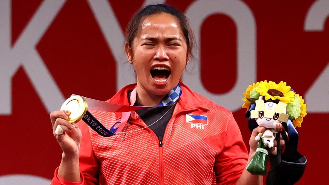Hidilyn Diaz, la primera deportista en ganar un oro olímpico para Filipinas, recibe 600.000 dólares y dos casas como recompensa