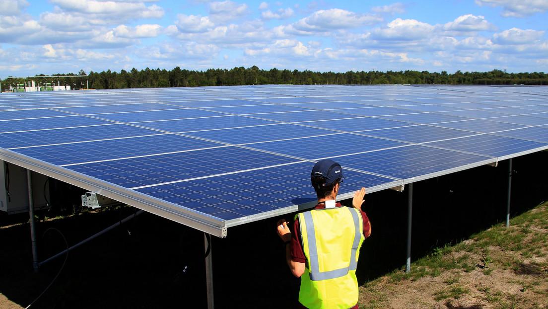 """Come sono i nuovi pannelli solari """"Ultra flessibile, leggero e incredibilmente resistente"""" Quale sarà finanziato dall'Unione Europea?"""