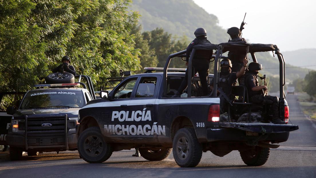 El hallazgo de 17 cadáveres en 48 horas en Michoacán reaviva el debate sobre la violencia sistemática del narco en México