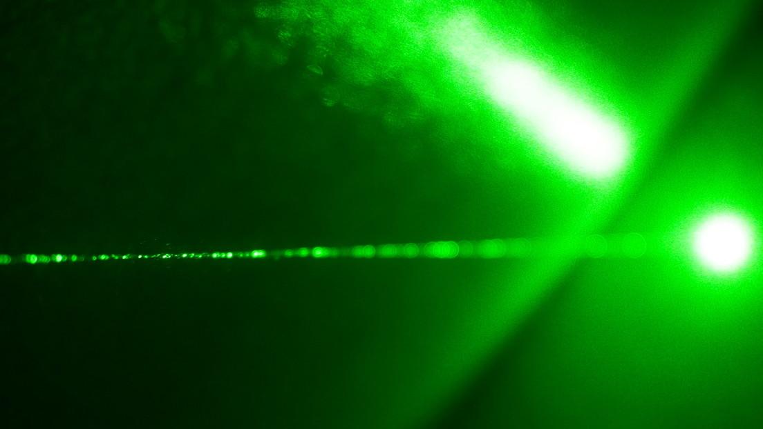 """Desarrollan en China un pequeño acelerador de partículas que podría ampliar """"enormemente"""" la comprensión humana del misterio de la vida y la evolución"""