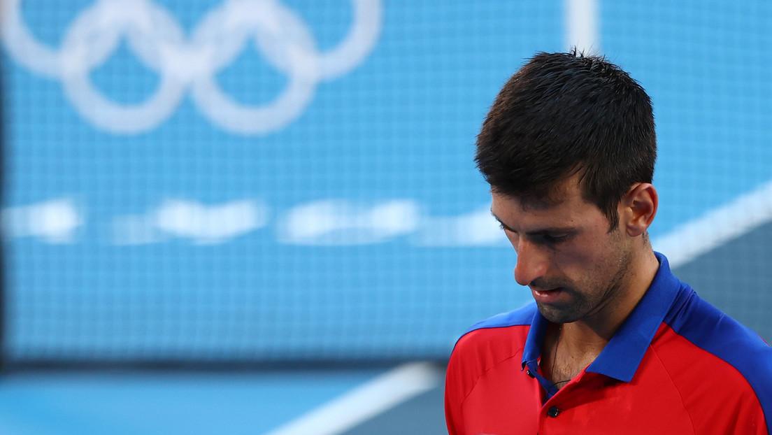 Novak Djokovic se retira del partido por el bronce en dobles mixtos en Tokio