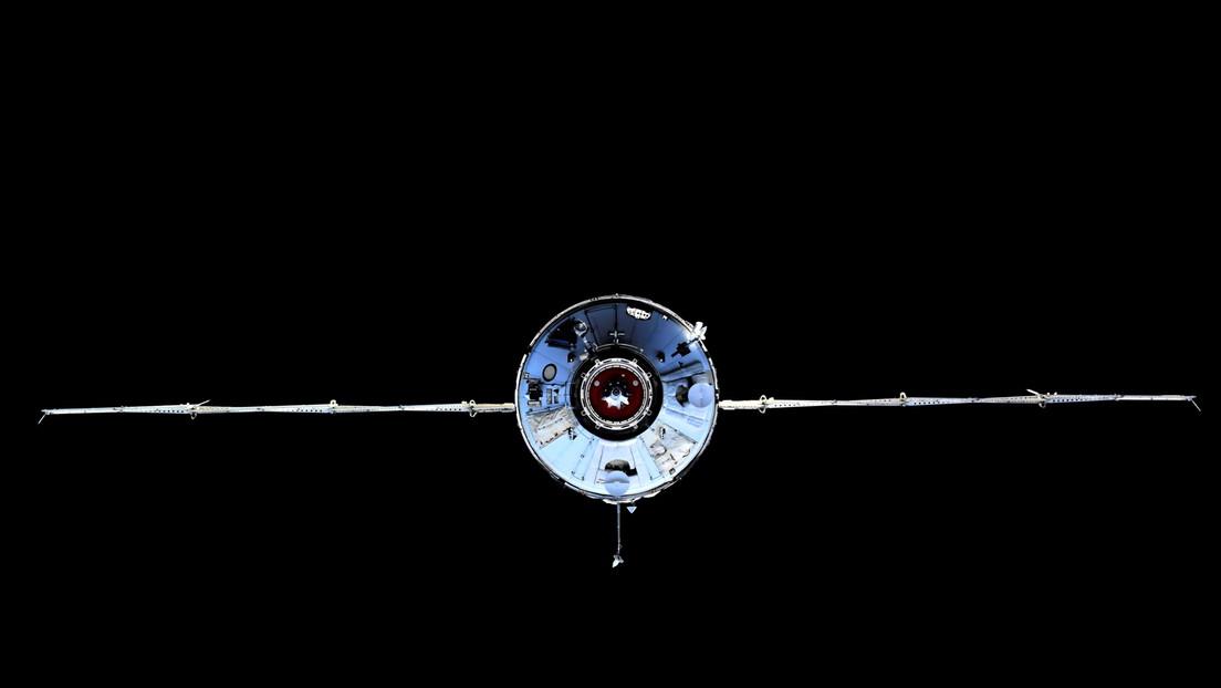 VIDEO: Cosmonautas muestran por primera vez el interior del módulo científico ruso tras su acoplamiento a la EEI