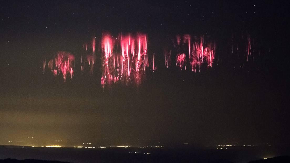 Imagen de un raro fenómeno atmosférico conocido como espectro rojo o 'sprites'