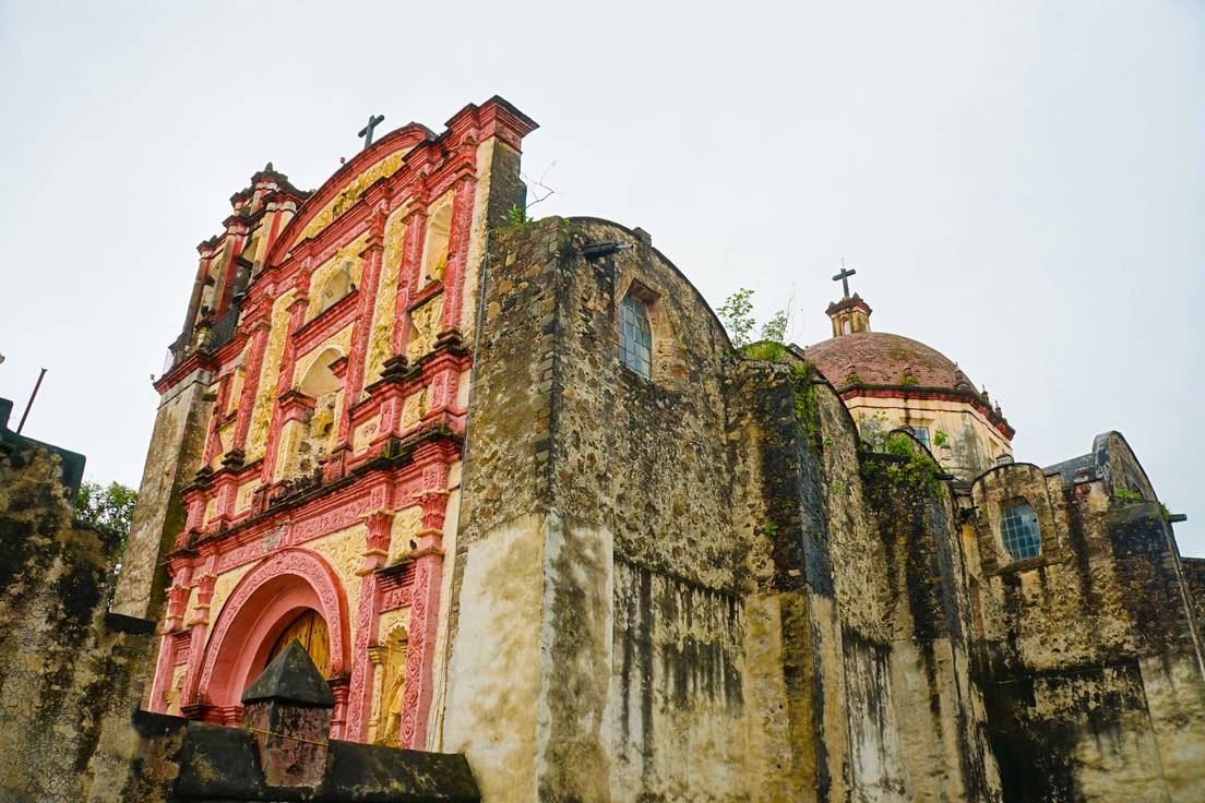 El conjunto franciscano del monasterio y la catedral de Nuestra Señora de la Asunción de Tlaxcala.