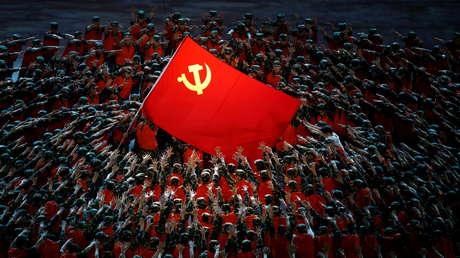 """""""Quien trate de intimidarnos quedará con la cabeza rota"""": Pekín celebra con una masiva ceremonia el centenario del Partido Comunista (FOTOS, VIDEO)"""