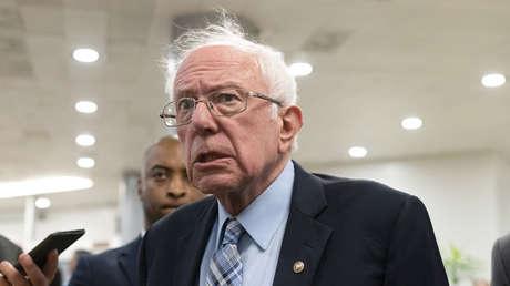 """""""Es hora de cobrar impuestos a los multimillonarios"""": Bernie Sanders se pronuncia sobre el vuelo espacial de Richard Branson"""