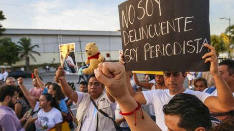 México reconoce que 43 periodistas y 68 defensores de derechos humanos fueron asesinados durante el gobierno de López Obrador