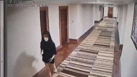 """Atribuyen casi 70.000 casos de covid-19 en Camboya al """"egoísmo"""" de 4 mujeres"""