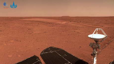 El róver chino Zhurong se encuentra con complicaciones en el terreno en Marte