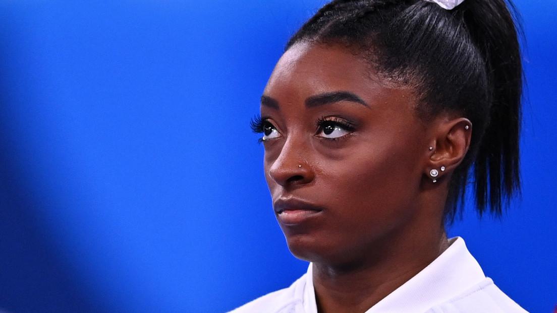 La gimnasta estadounidense Simone Biles también se retira de la competencia de suelo de los JJ.OO. de Tokio