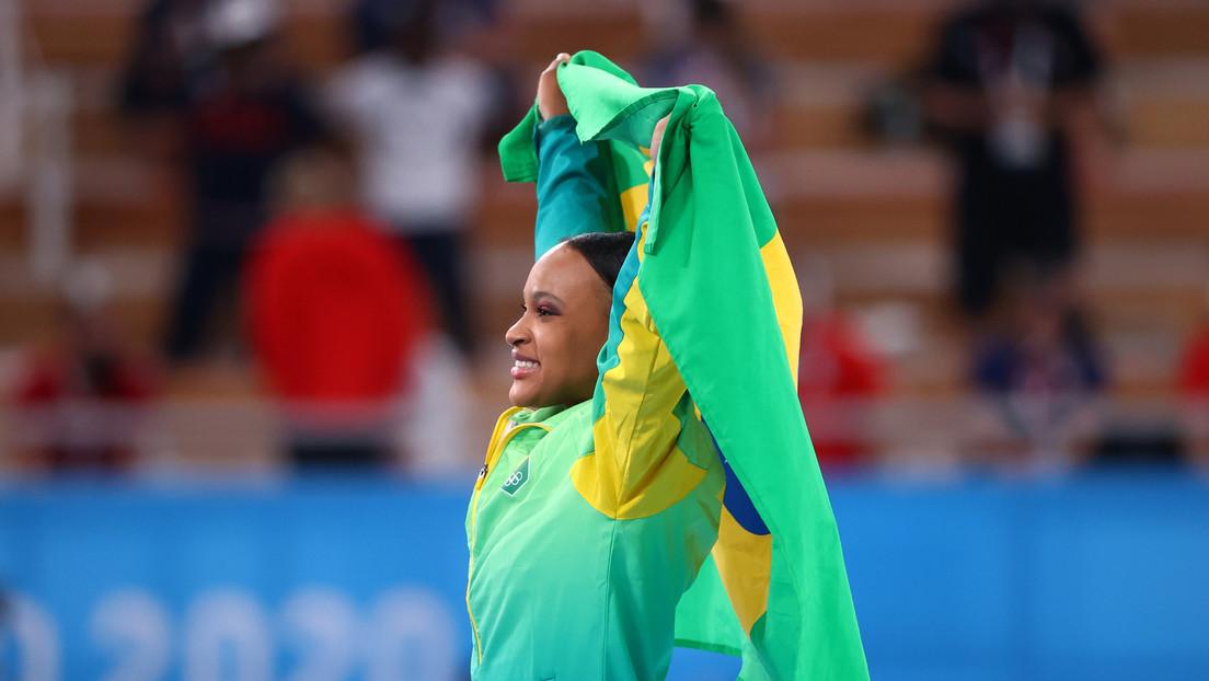La gimnasta brasileña Rebeca Rodrigues de Andrade se cuelga el oro en la final de salto de caballo en Tokio 2020