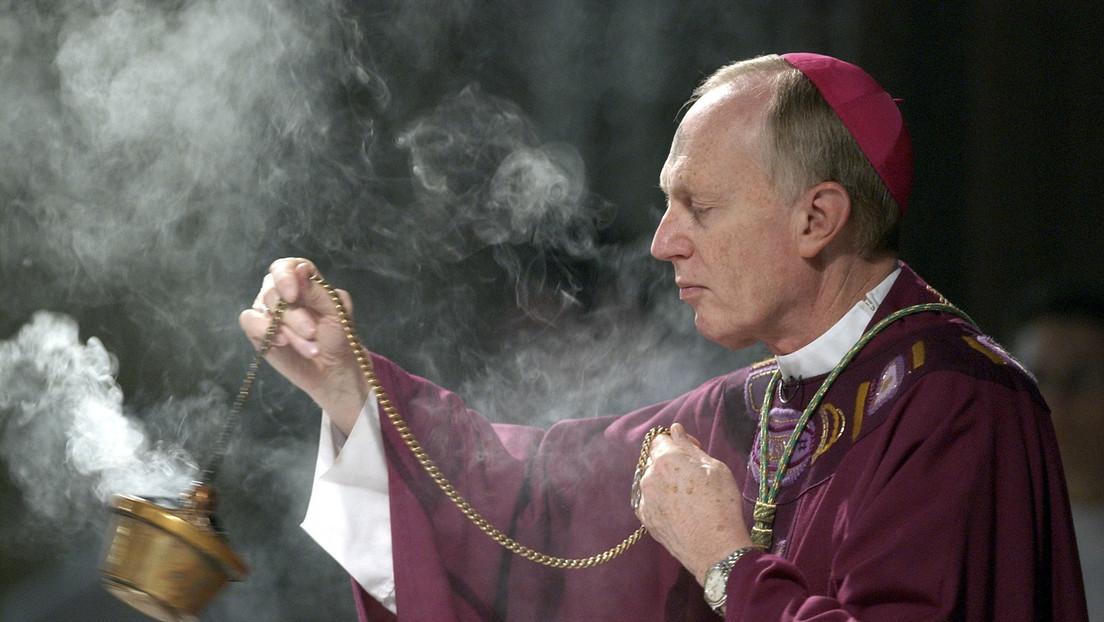 Un obispo estadounidense confiesa que de la diócesis de Albany encubrió durante décadas los abusos sexuales cometidos por los sacerdotes