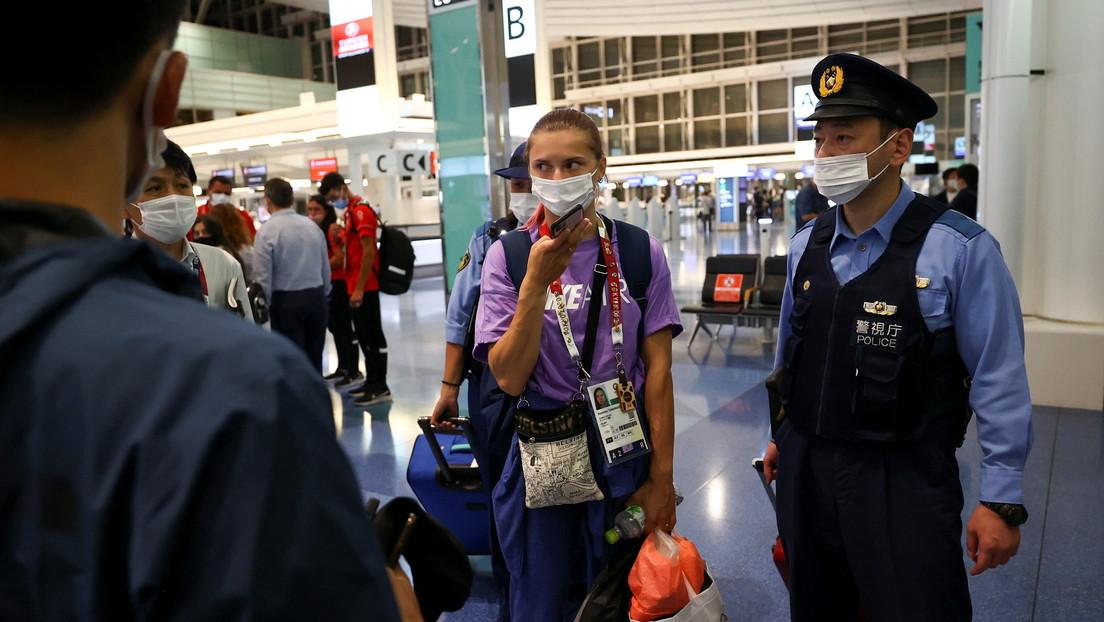 Una atleta bielorrusa denuncia que la intentan llevar a la fuerza de vuelta a su país desde Tokio