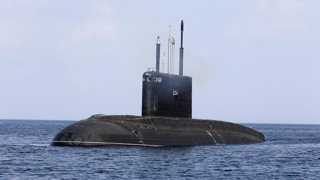 El submarino de ataque ruso Magadán termina sus pruebas de navegación