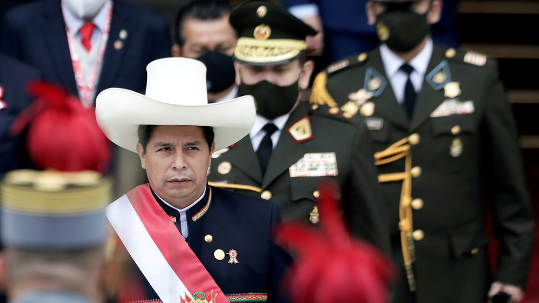 Un imperio construido sobre el expolio: las (incómodas) verdades de Pedro Castillo en Perú que escuecen en España