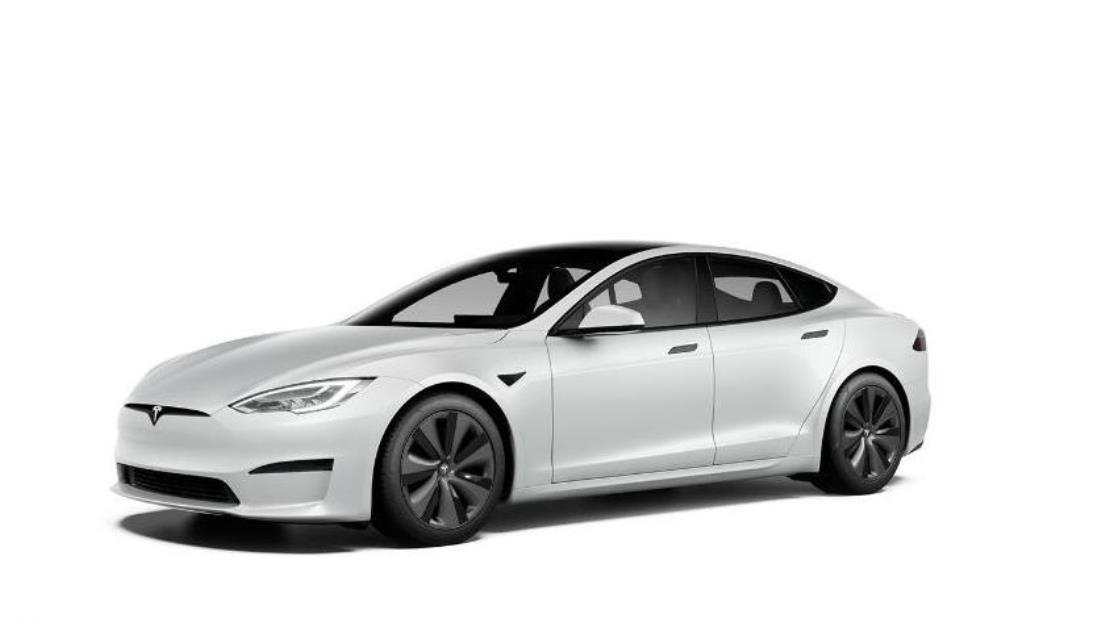 Un Tesla Model S Plaid 'destroza' en una serie de carreras a un Porsche de 185.000 dólares (VIDEO)