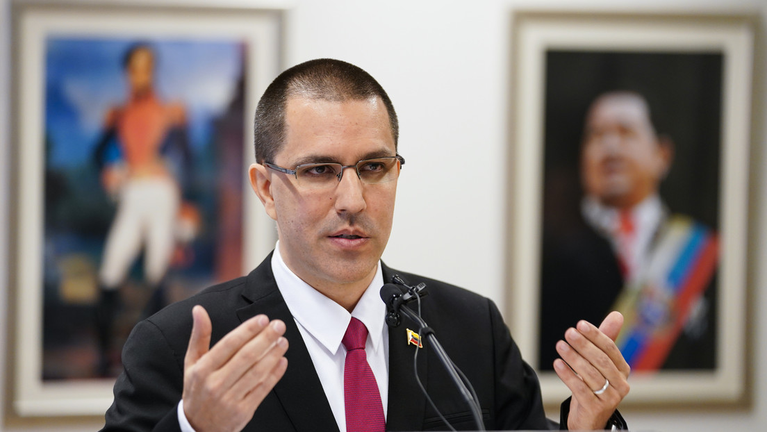 """""""Le sobran expertos en golpes de Estado"""": la respuesta de Caracas al llamado que hizo la OEA para que la CPI actúe contra Venezuela"""
