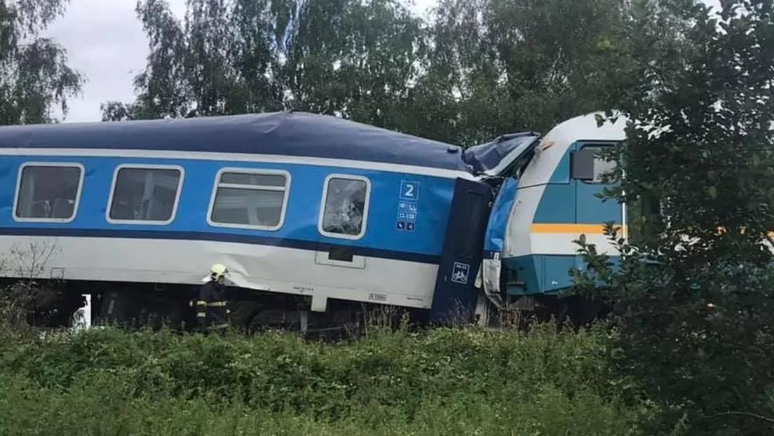 Dos trenes chocan en la República Checa y dejan tres muertos y decenas de heridos