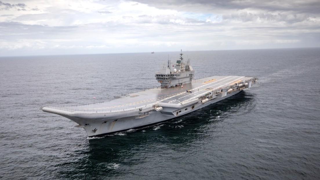 La India pone a prueba en el mar su primer portaaviones de fabricación nacional  (VIDEO)