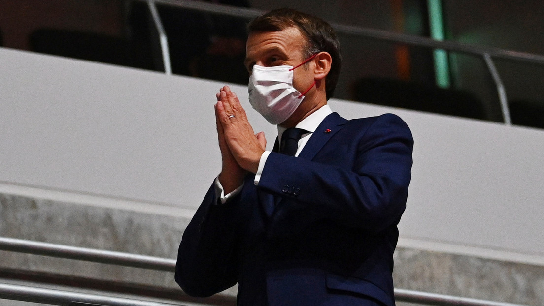 """Macron defiende en las redes sociales la vacunación como """"única arma"""" frente al covid-19 tras las protestas en Francia"""