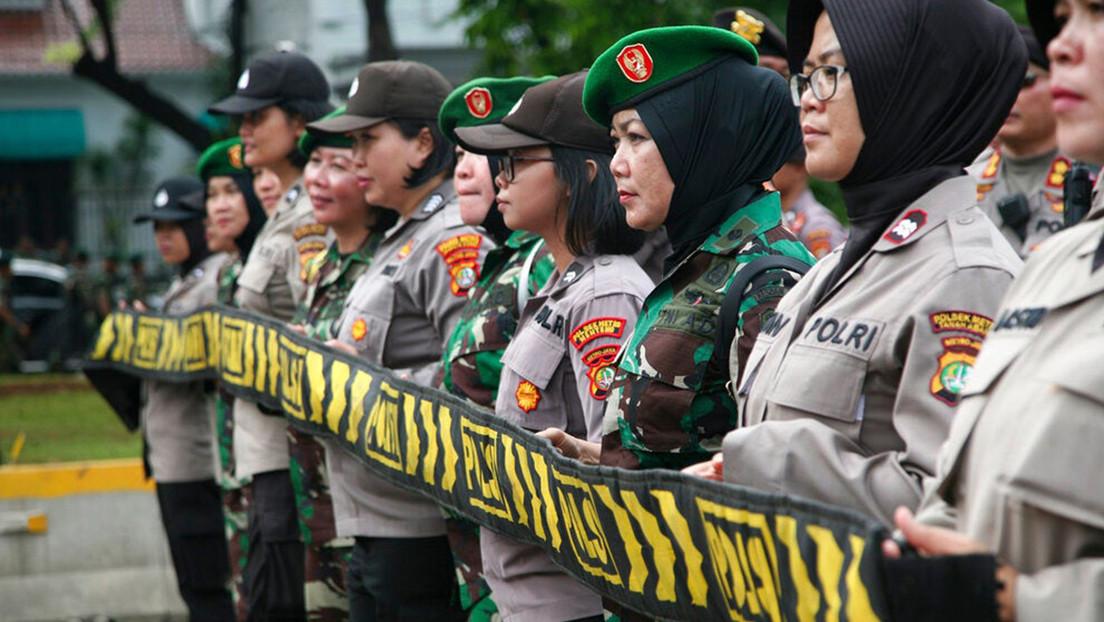 El Ejército de Indonesia planea eliminar las pruebas obligatorias de virginidad para las candidatas