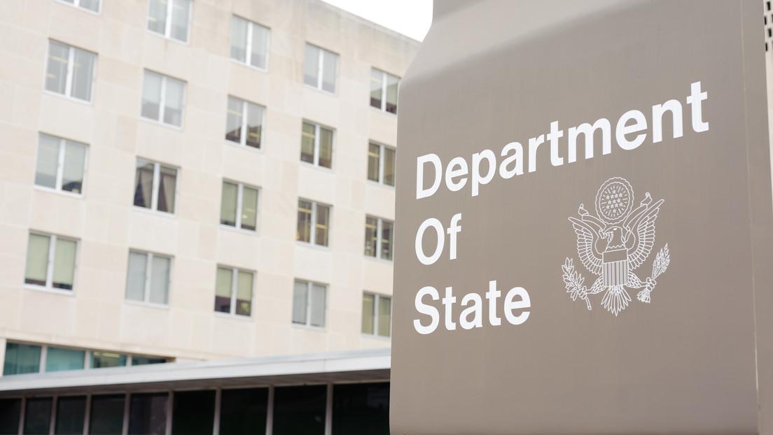 """Demandan al Departamento de Estado de EE.UU. por ocultar supuestas pruebas anales de covid-19 """"abusivas"""" realizadas a sus diplomáticos en China"""