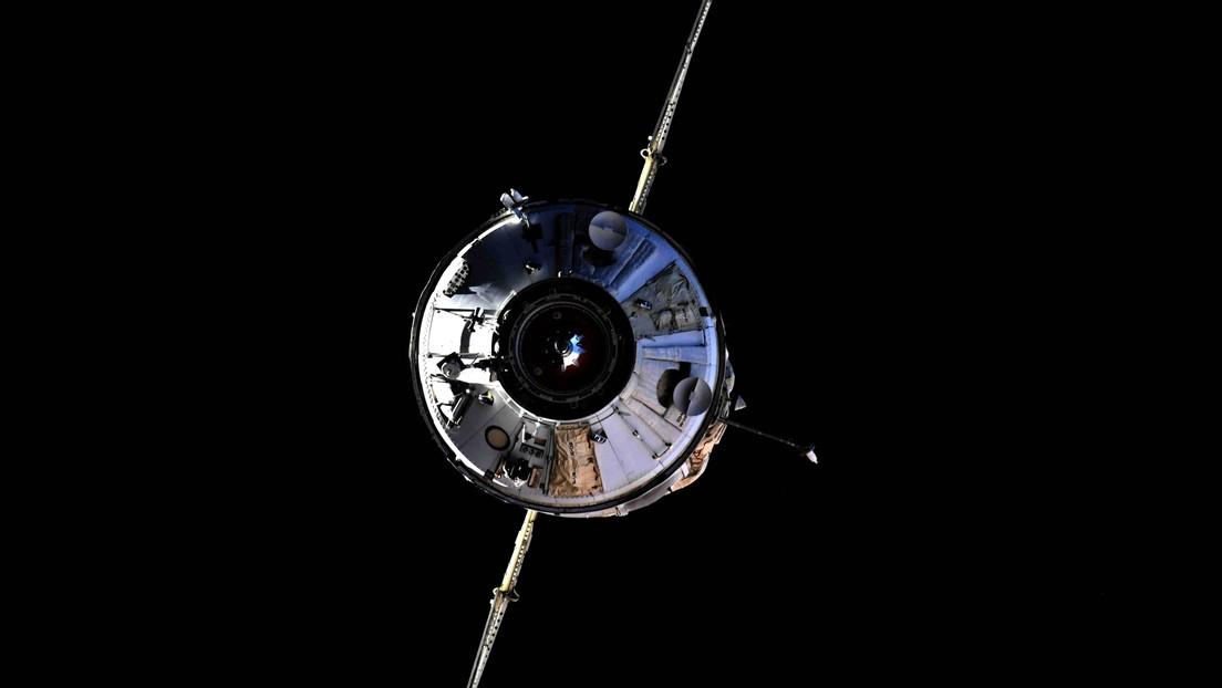 Cosmonautas rusos empezarán a cultivar verduras a escala industrial en su nuevo módulo de la Estación Espacial Internacional