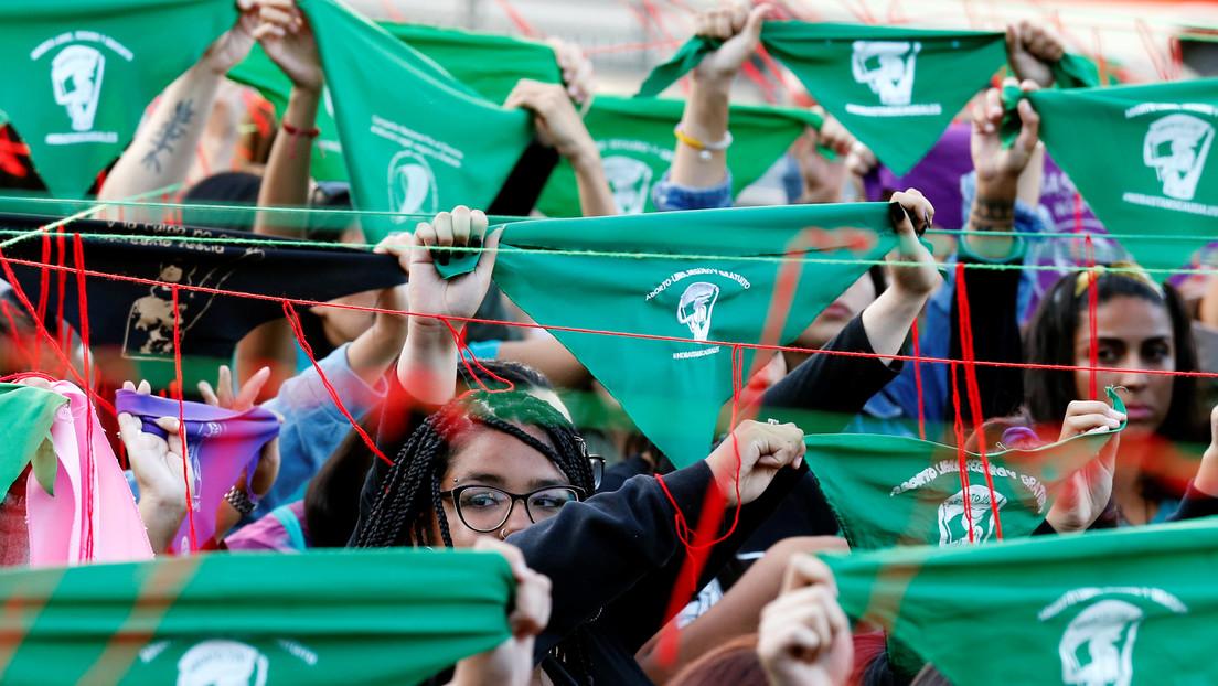 Comisión de Mujeres de Chile rechaza en Diputados despenalización de aborto hasta semana 14 pero el proyecto pasa al pleno