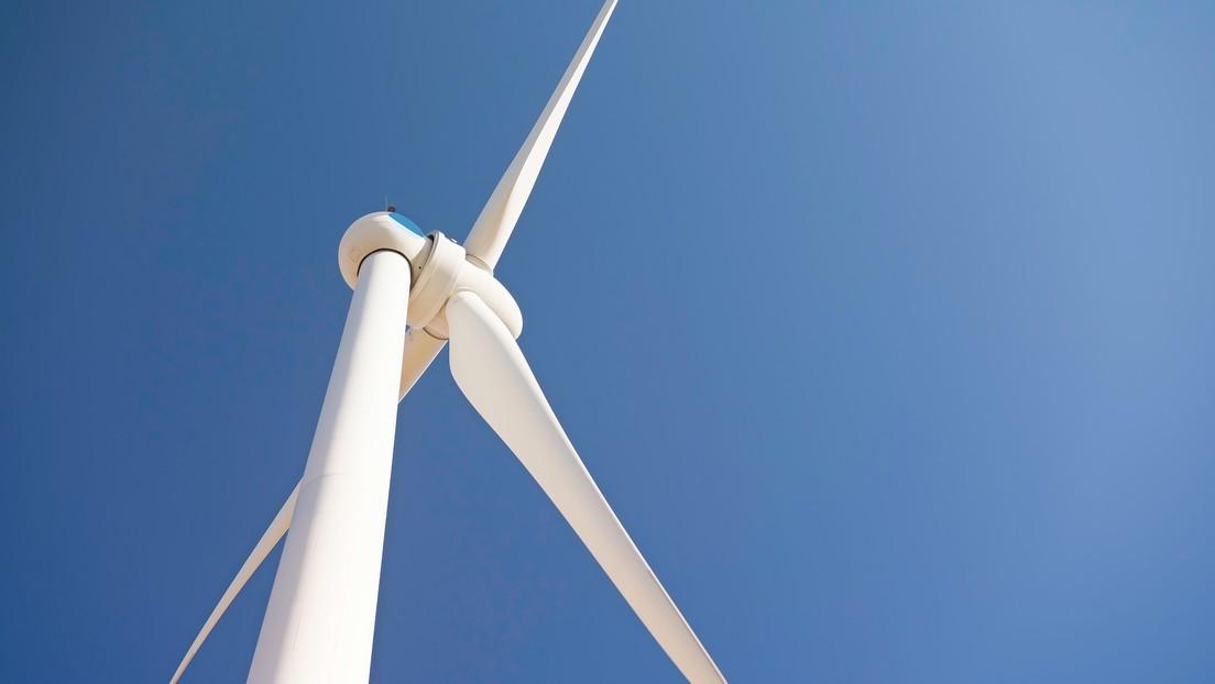 Arabia Saudita pone en marcha el mayor parque eólico de Oriente Medio, capaz de suministrar energía a hasta 70.000 hogares
