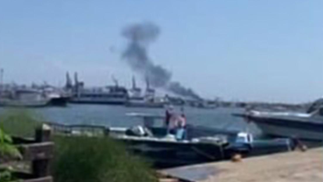 VIDEO: Se produce una explosión en un petrolero en el puerto sirio de Latakia