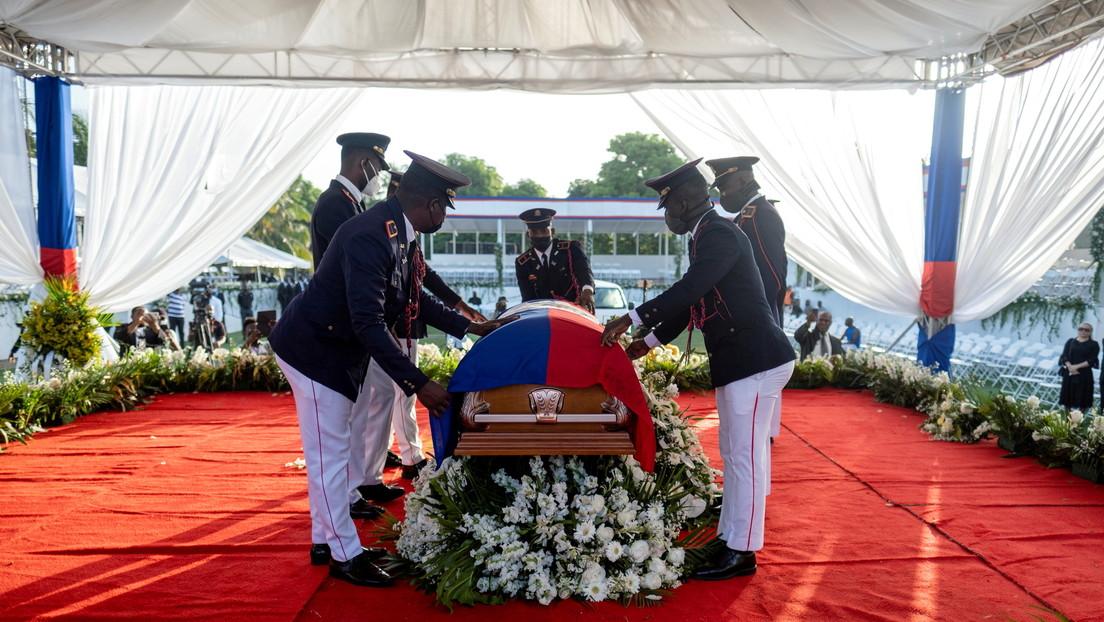 A un mes del magnicidio: las versiones cruzadas (y contradictorias) sobre el asesinato de Jovenel Moïse en Haití