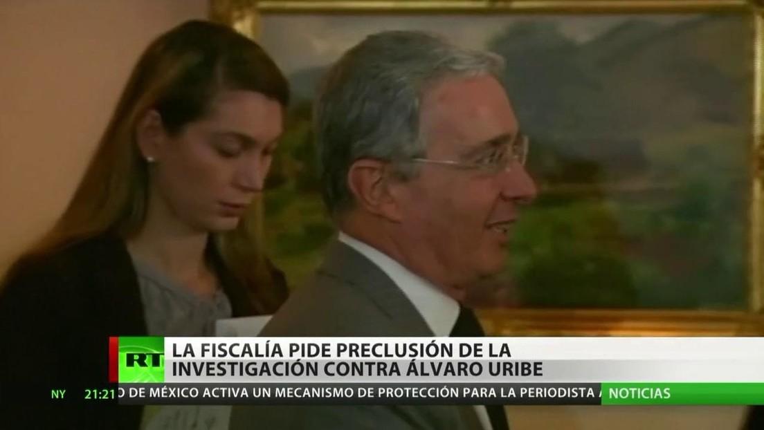 La Fiscalía de Colombia pide la preclusión de la investigación contra el expresidente Álvaro Uribe
