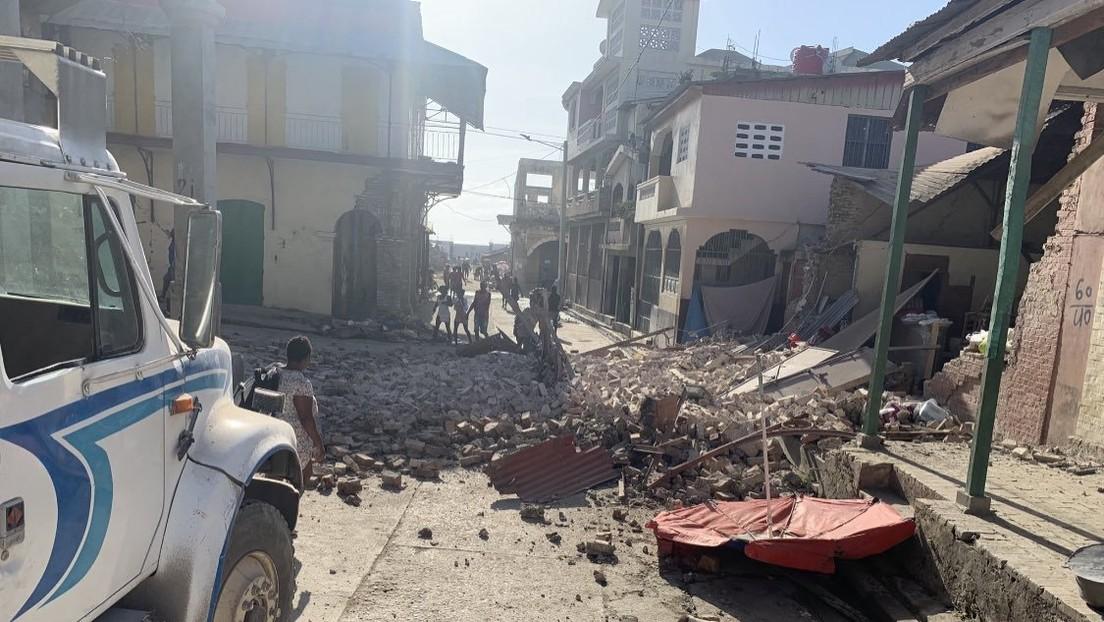Primeras imágenes de las destrucciones causadas por el terremoto de magnitud 7,2 en Haití, que desató una alerta de tsunami