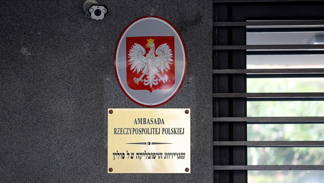 Israel retira a un enviado en Polonia tras firmarse en Varsovia una ley que limita los reclamos de propiedad para las víctimas del Holocausto